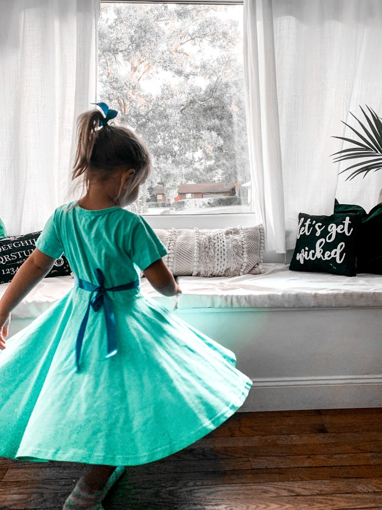 toddler wendy darling DIY halloween costume - super easy