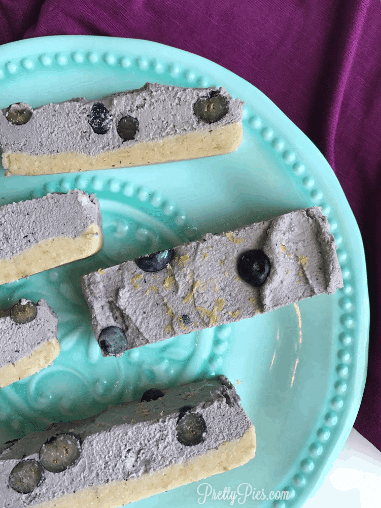 Blueberry Lemon Ice Cream Bars | PrettyPies