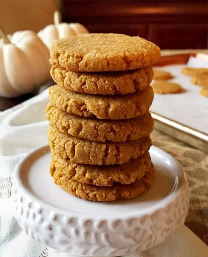 Grain-Free Pumpkin Cookies (Paleo & Vegan)