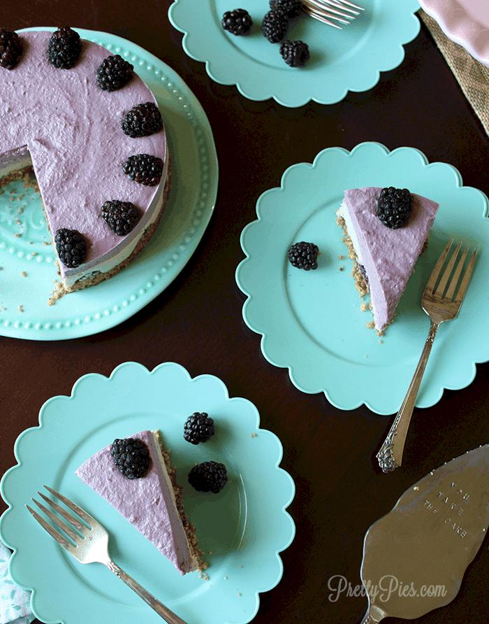 Blackberry Cheesecake (Vegan & Paleo) PrettyPies.com