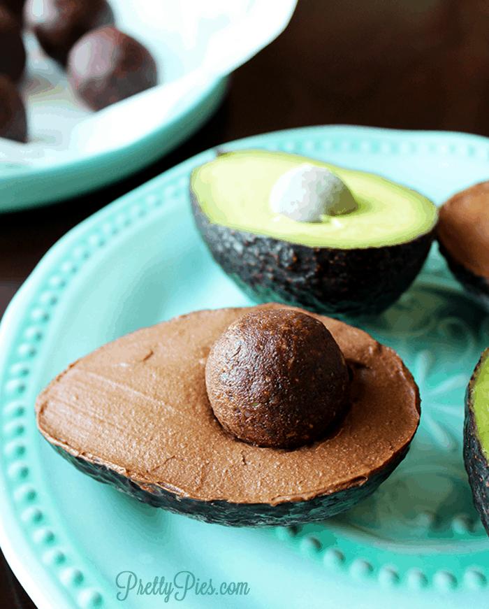 Chococado (Chocolate Avocado) Gelato - PrettyPies.com