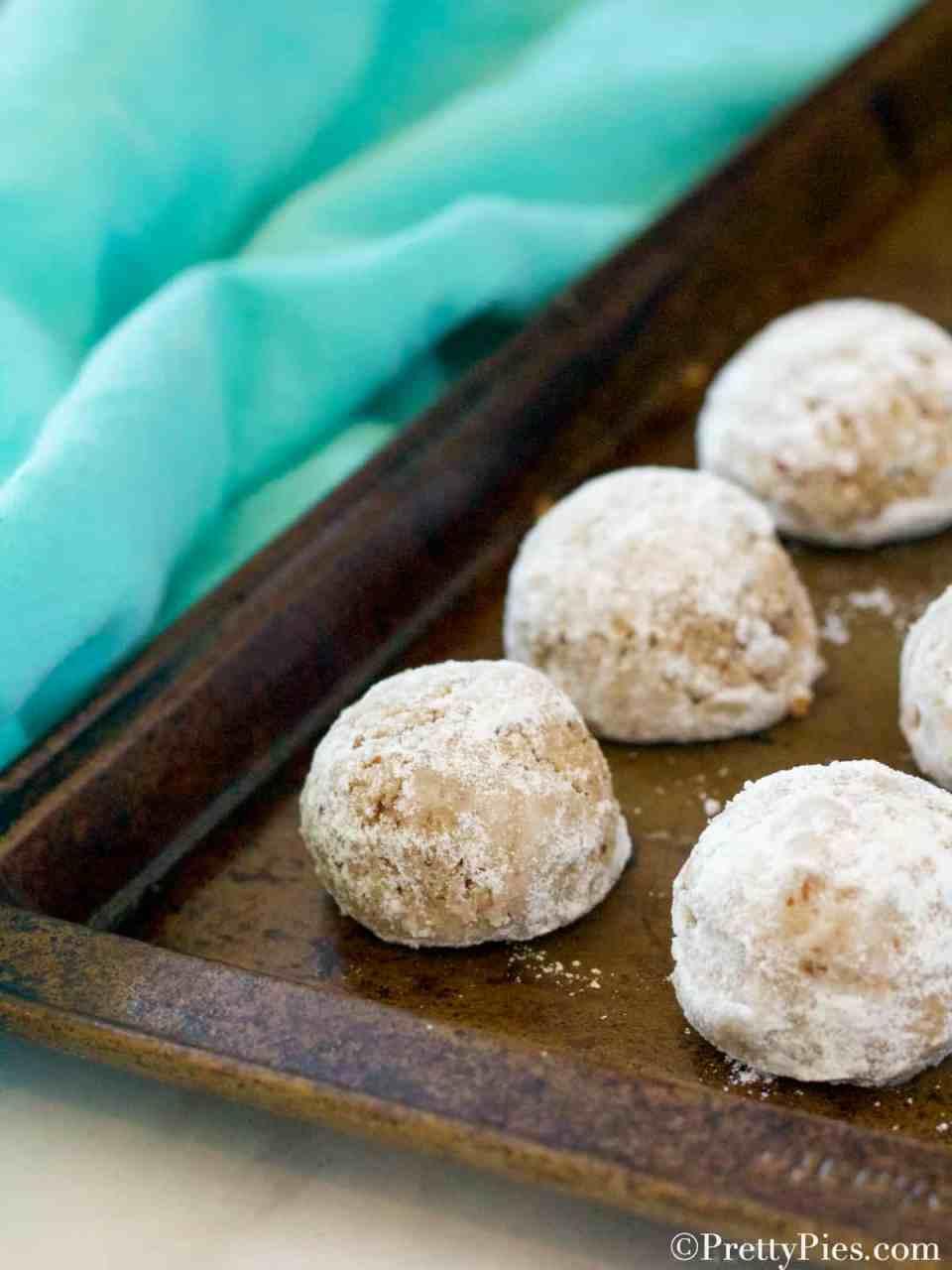 Keto Mexican Wedding Cookies