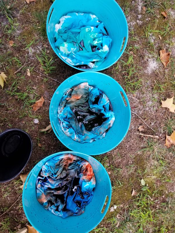 tubs with fabric dye