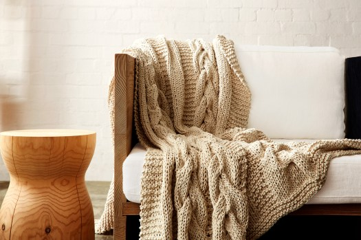 Cotton On Cable knit blanket homewares
