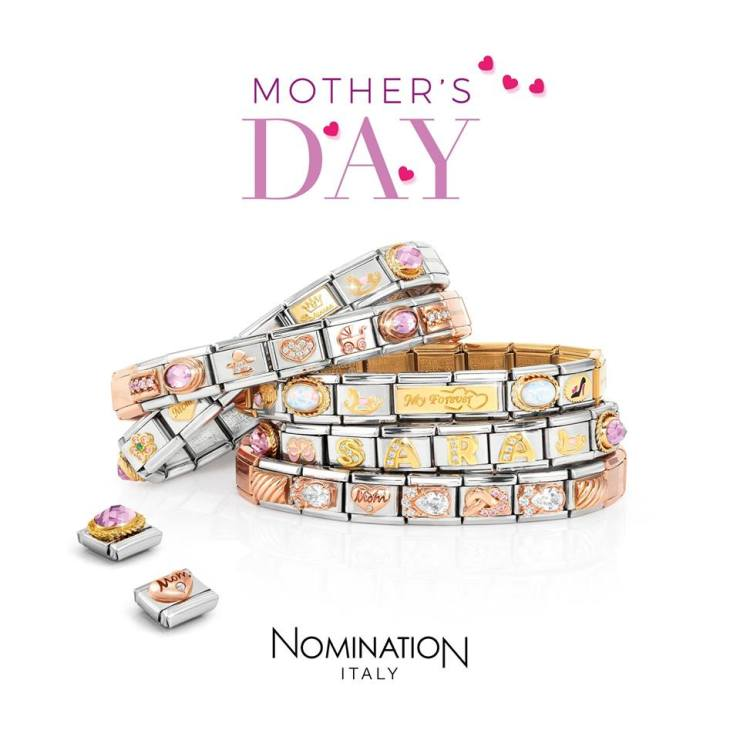 Mother s Day Giveaway  Win a Nomination Bracelet! - Pretty Please ... 7bcc3e095