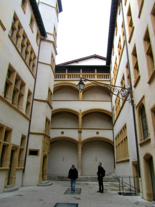 the narrow Traboules (passages through houses)