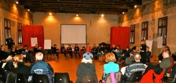 I partecipanti al primo laboratorio di prevenzione al danno sismico a Ferrara.