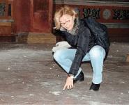 I danni provocati dal sisma agli affreschi della basilica di Santa Maria in Vado come indicati anche dall'assessore Zadro
