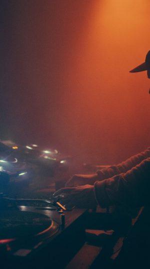 dark-dj-set