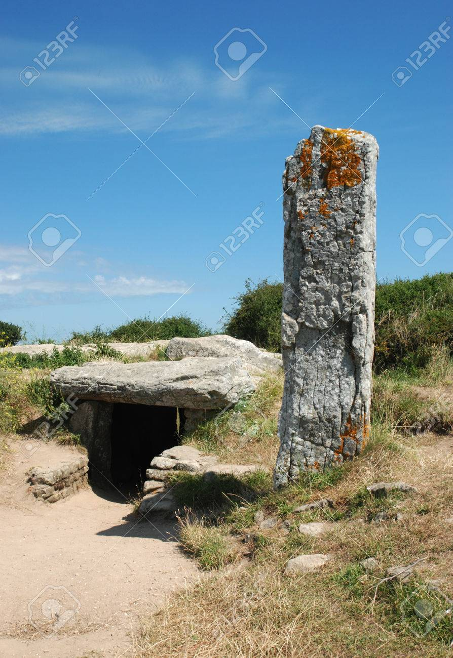 Dolmen Menhir : dolmen, menhir, Menhir, Dolmen, Stock, Photo,, Picture, Royalty, Image., Image, 35652852.