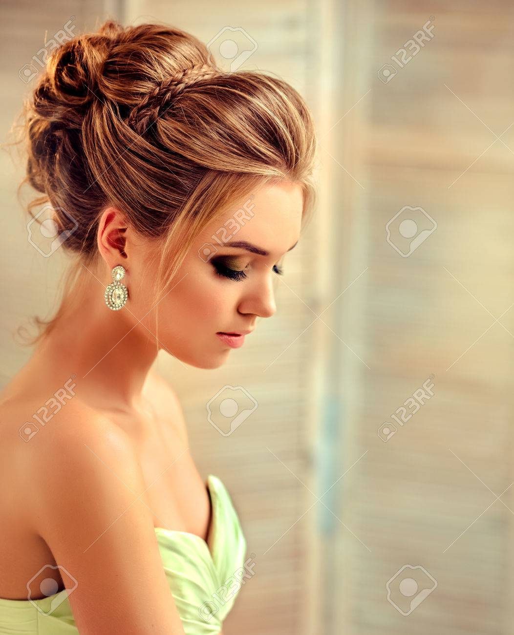 Hairstyle With Gown : hairstyle, Beautiful, Woman, Dressed, Evening, Gown., Example, Wedding, Hairstyle.., Stock, Photo,, Picture, Royalty, Image., Image, 85037412.