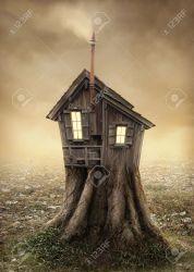 Casa Del árbol De La Fantasía En El Prado Fotos Retratos Imágenes Y Fotografía De Archivo Libres De Derecho Image 29726699