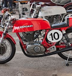 old italian racing motorcycle ducati exposed at rally of vintage and modern motorbikes motoconcentrazione della vendemmia [ 1300 x 847 Pixel ]