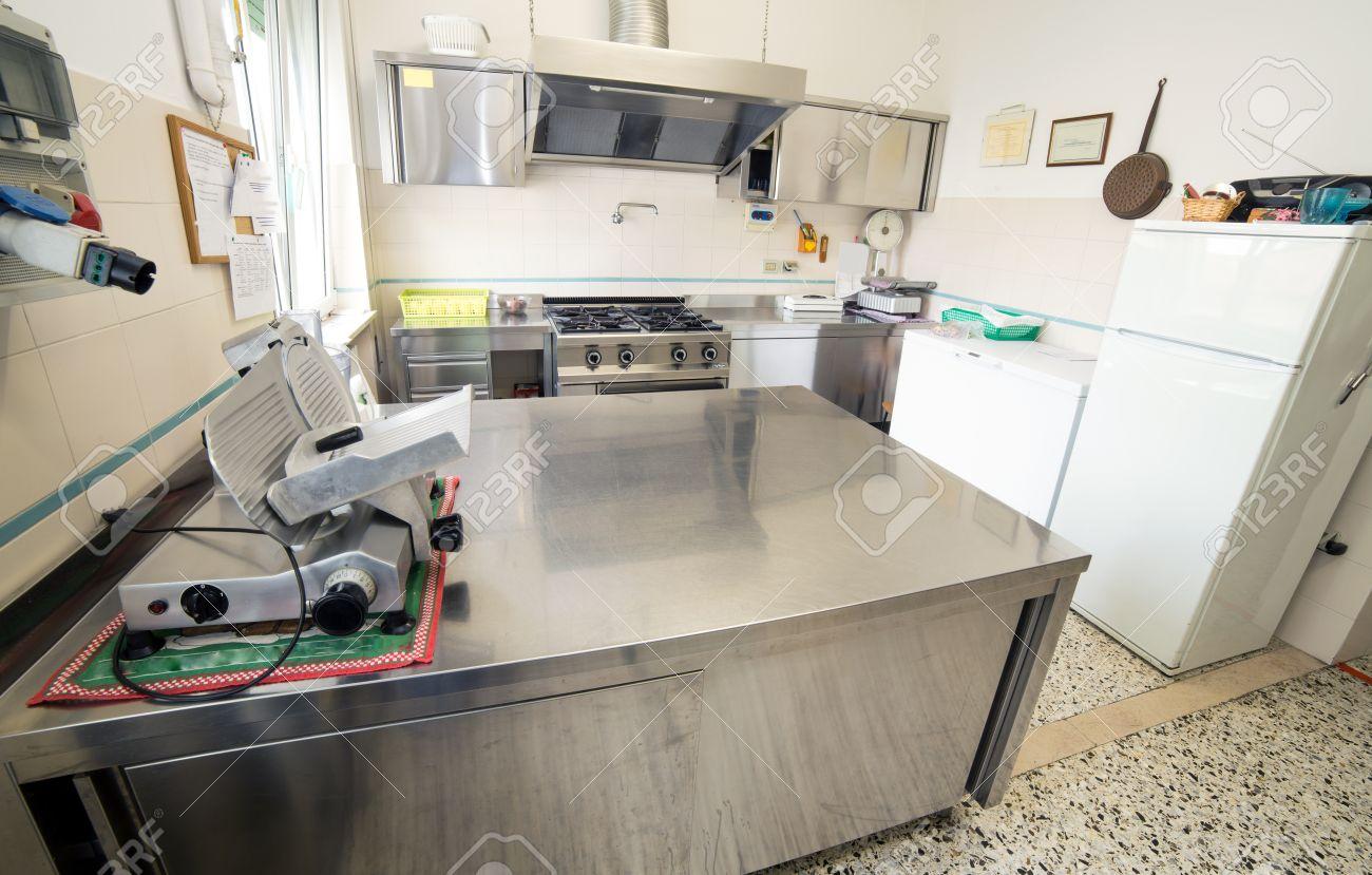 Cucine In Acciaio Inox | Lavello Cucina Inox Satinato Fresco Lavelli ...