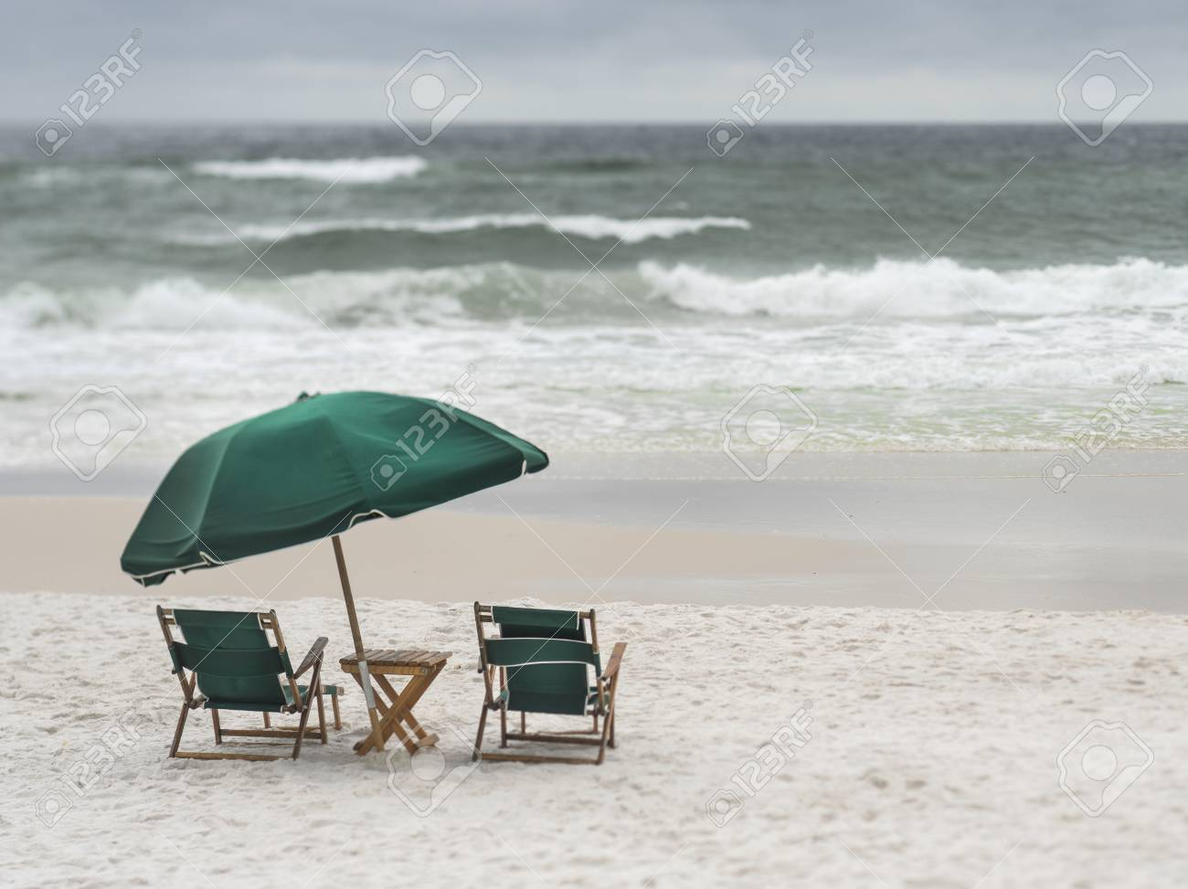 Beach Lounge Chairs 2 Vintage Wood And Canvas Beach Lounge Chairs And Umbrella On