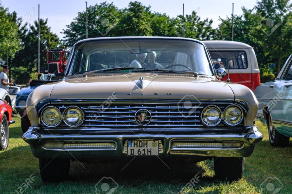medium resolution of heidenheim germany july 8 2018 1961 buick electra at the 2