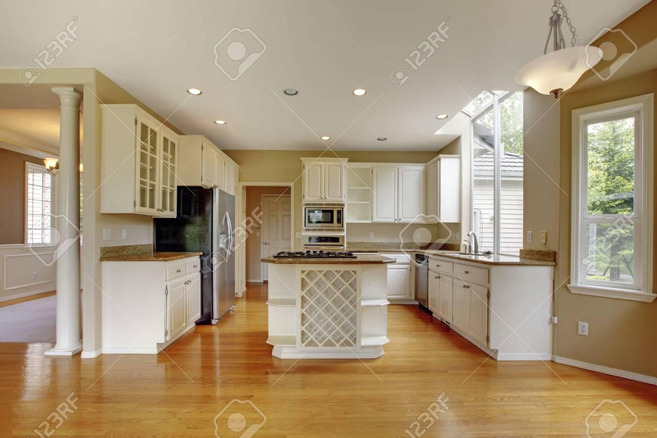 Cocinas Pequenas Con Muebles Blancos.Diseno De Cocinas Pequenas Clasicas Country Style Super