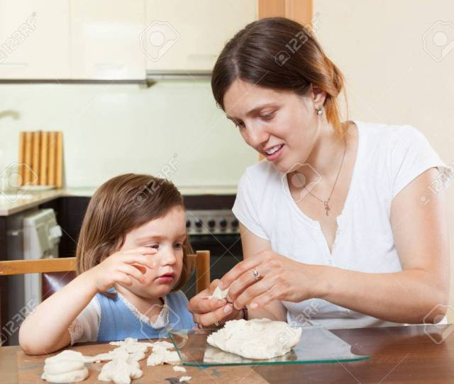 Mom Teaches Malekuyu Girl Sculpt Dough Figurines In The Room Stock Photo 24441392
