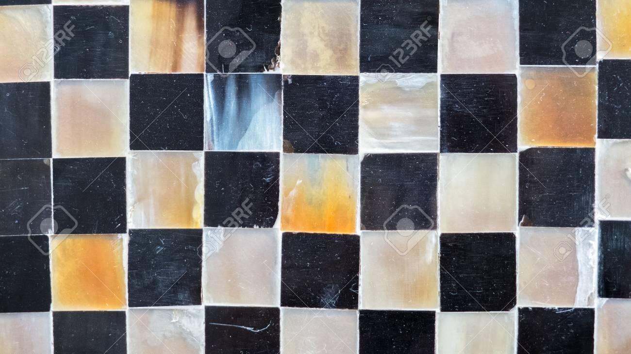 verre brillant abstrait carrelage en monotone melanger noir blanc gris mosaique carre transparent motif arriere plan texture pour style moderne de