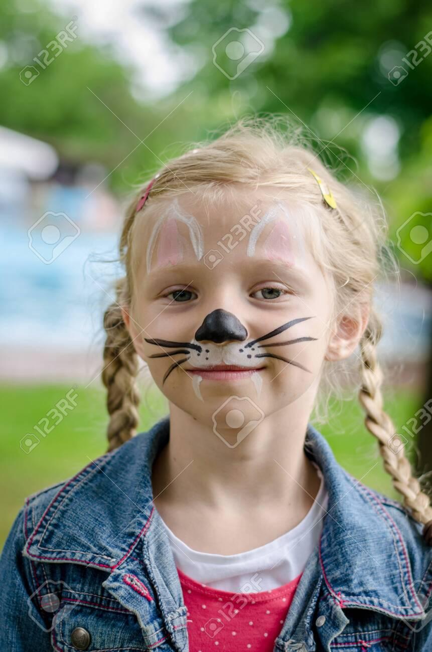 Mouse Face Paint : mouse, paint, Little, Lovely, Mouse, Painting, Portrait, Stock, Photo,, Picture, Royalty, Image., Image, 132570164.