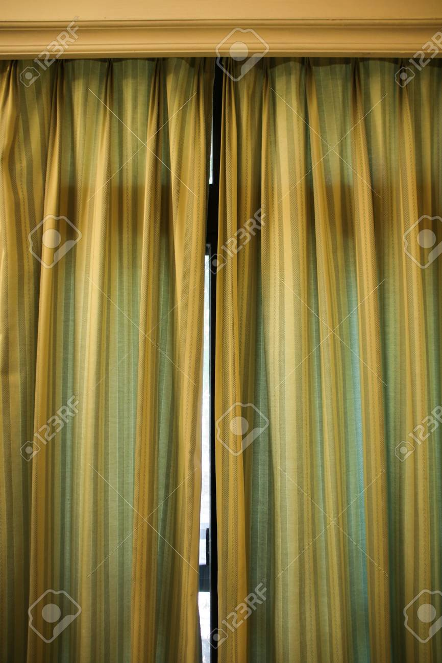 draw the curtains close