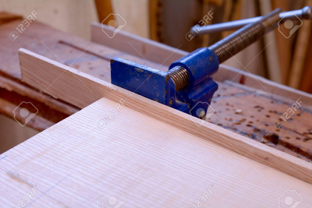 Clamping Long Pieces Of Wood