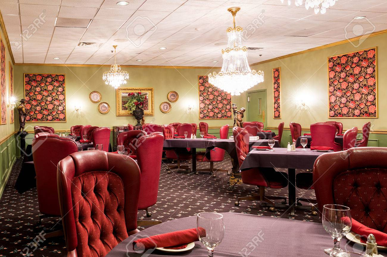 Red Leather Dining Room Chairs Elegant Upscale Hotel Dining Room Area With Red Leather Chairs