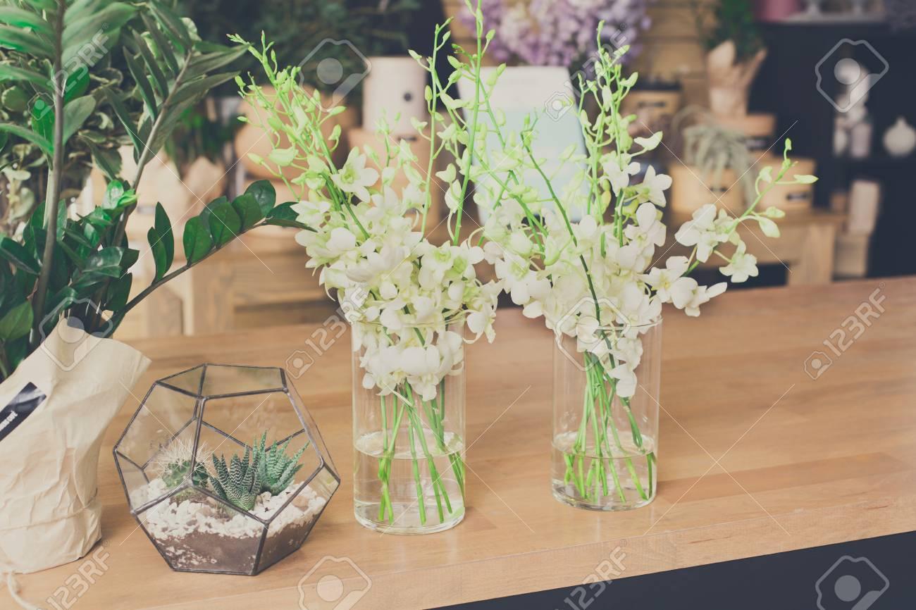 a9bfd6bb74c Fond De Magasin De Fleurs Studio De Design Floral Décorations Et  Arrangements Service De Livraison De Fleurs Et Vente De Plantes à Domicile  En