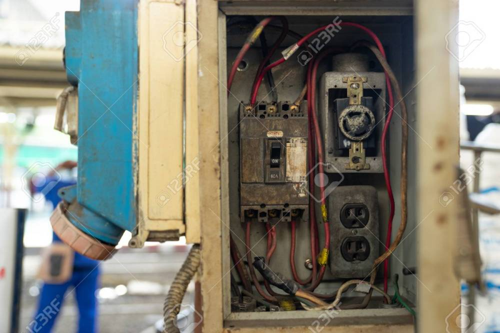 medium resolution of close up old and dirty breakers switch in electric box circuit breakers electrical panel