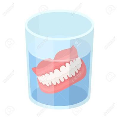 Alasan Gigi Palsu Harus Dilepas Sebelum Tidur- Global Estetik Dental Care