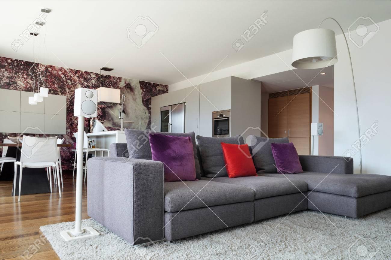 interieur de maison moderne beau salon meuble banque d images et photos libres de droits image 49781098