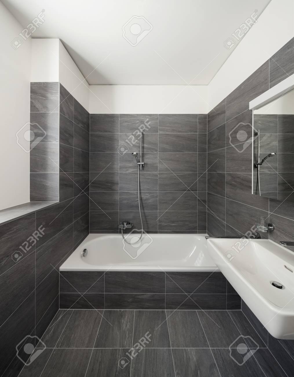 interieur maison moderne salle de bain burnsocial