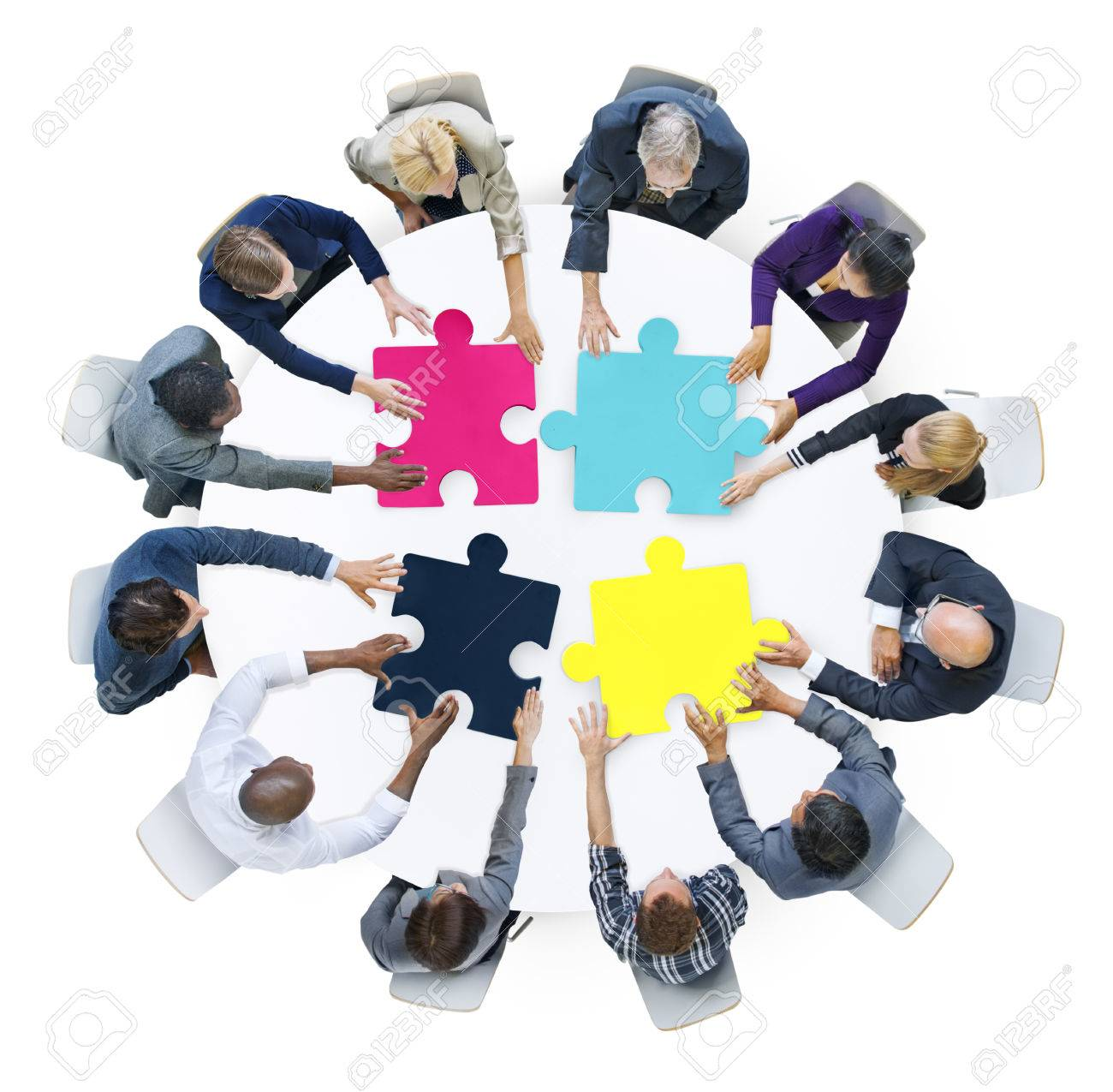 hight resolution of business people connection corporate jigsaw puzzle concept