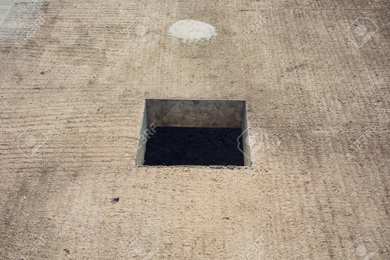 hight resolution of cement wall with rectangle hole for sewerage and electricity wiring foto de archivo 106371404