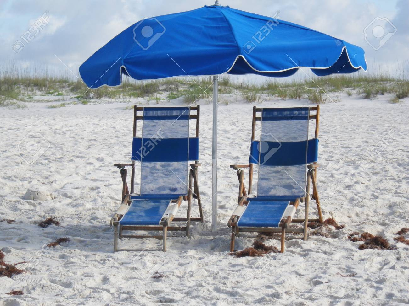 Beach Chairs With Umbrella Beach Chairs Umbrellas