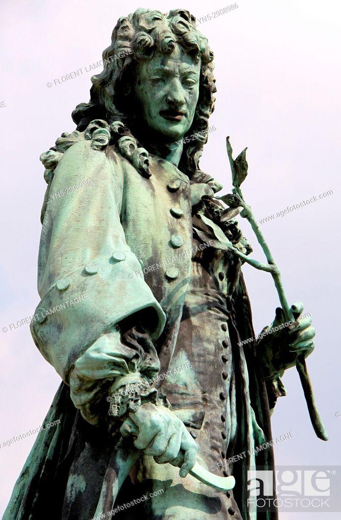 Jean Baptiste De La Quintinie : baptiste, quintinie, Statue, Jean-Baptiste, Quintinie,, Versailles,, Yvelines,, Stock, Photo,, Picture, Rights, Managed, Image., YN5-2908986, Agefotostock