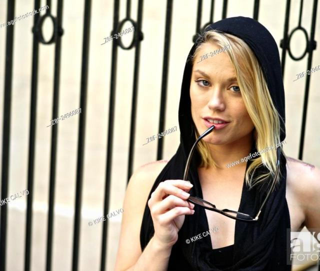 Stock Photo One Day In The Life Of Vivid Girl Ash Hollywood Now A Health Wellness And Dating Coach Pictured Informal Portrait Of Ash Hollywood In New