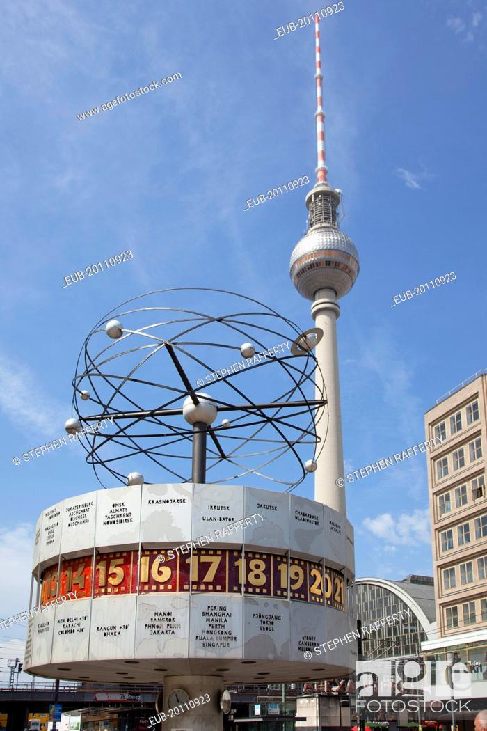 mitte alexanderplatz the world