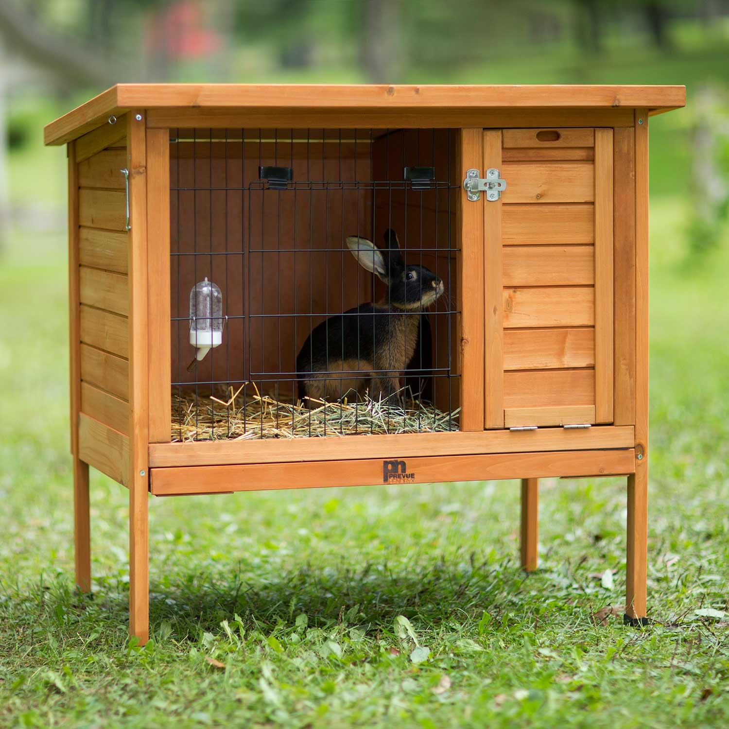 Small Rabbit Hutch 460 Prevue Pet Products
