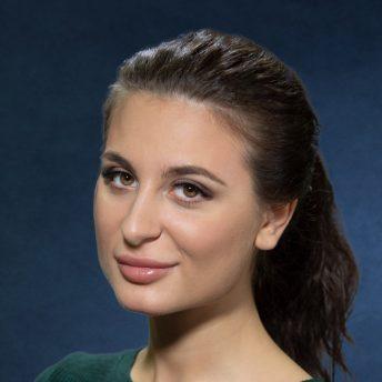 Зарина Логинова, КРОС