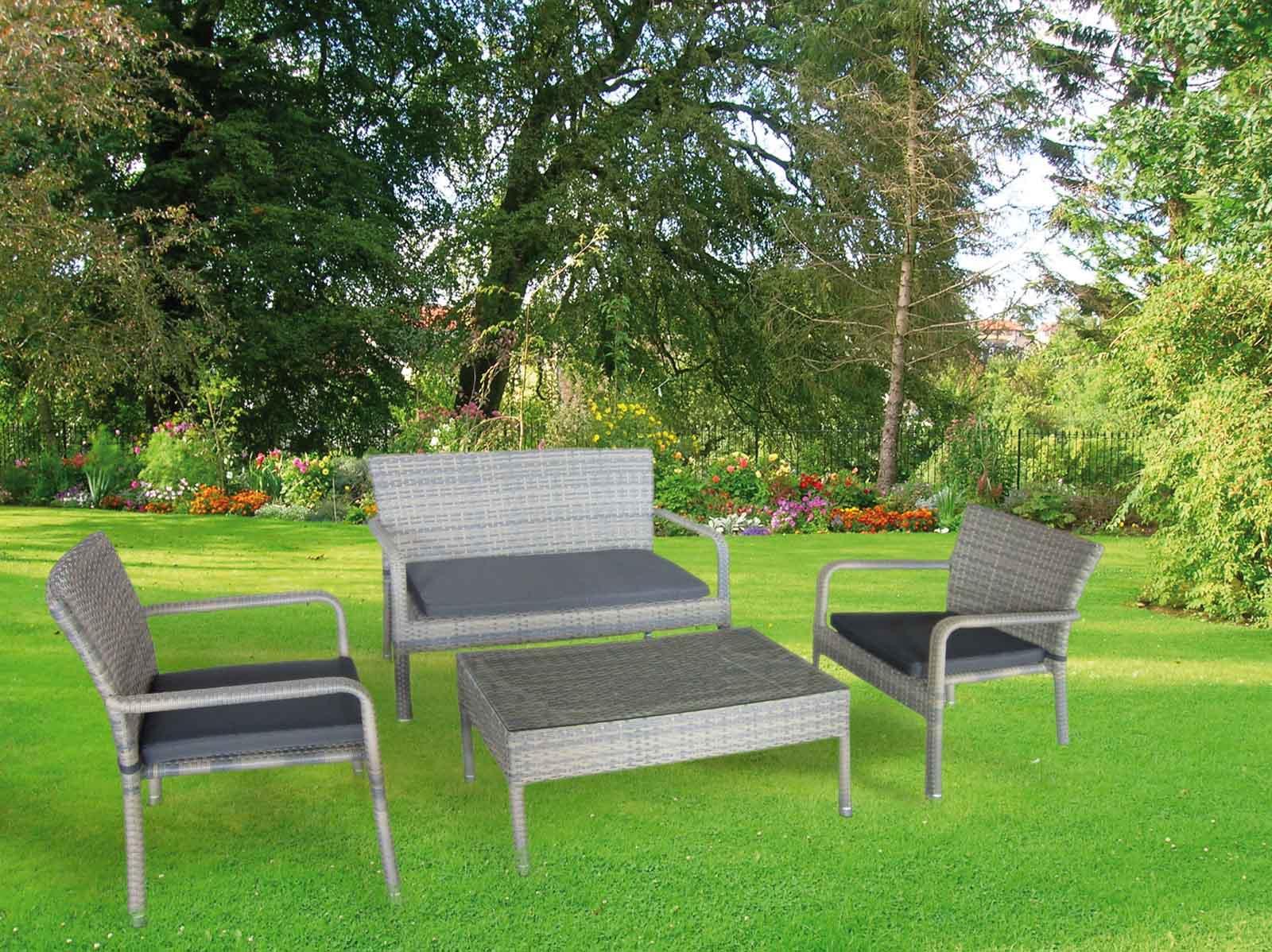 Salotti da giardino economici divani da giardino design for Divanetti giardino economici