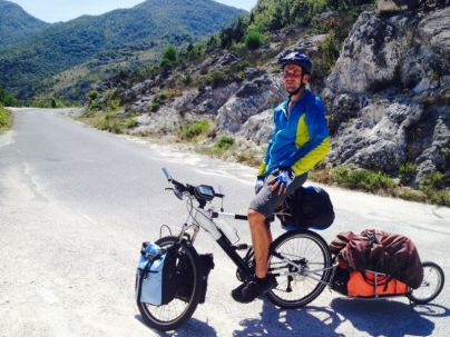 cycling to Godinje