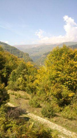 uphill to Mavrovo