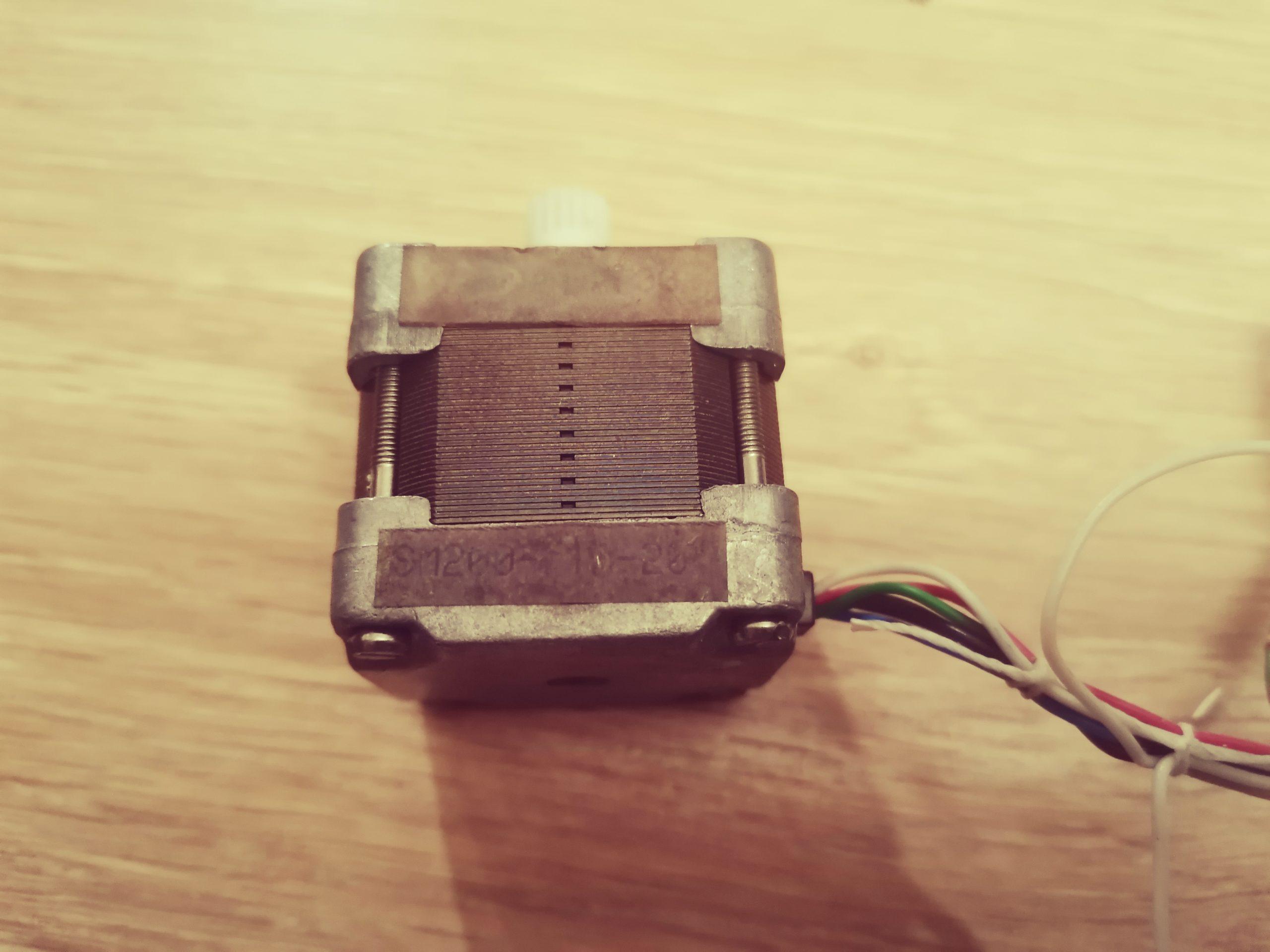 Кассовый аппарат АМС-100Ф