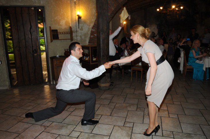 Zaplesali su i gruzijski ples na svadbi u Tbilisiju.