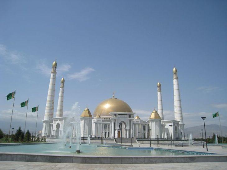 Najlepša džamija na svetu je u Turkmenistanu_800x600