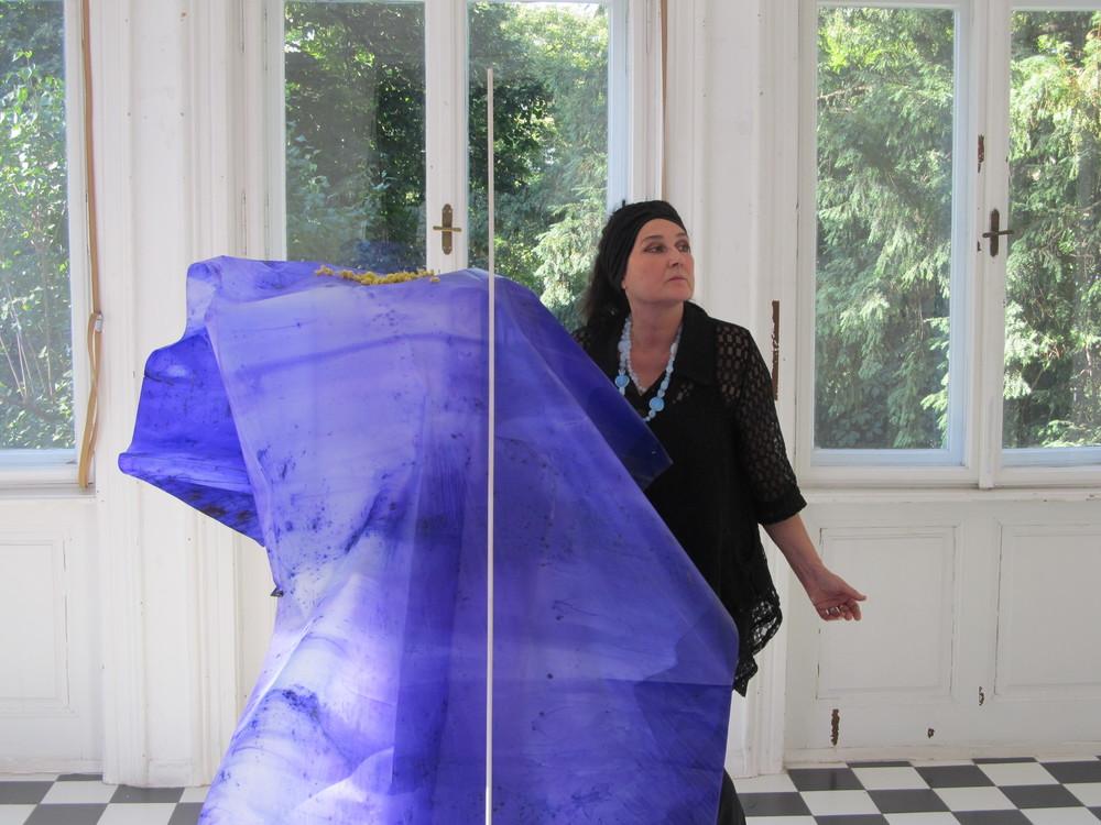 Obeležava se 100. GODIŠNJICA pogibije ČUVENOG srpskog PESNIKA: Pariska umetnica posvetila mu je neobičnu izložbu