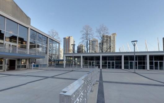 queen-elizabeth-theatre-plaza-vancouver