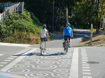 Crossing treatment reflects the art and the contribution of the Squamish First Nation in the Spirit Trail