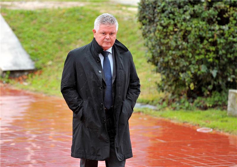 """Andro Vlahušić: U vremenu pandemije Franković je """"dezertirao u Sabor"""""""